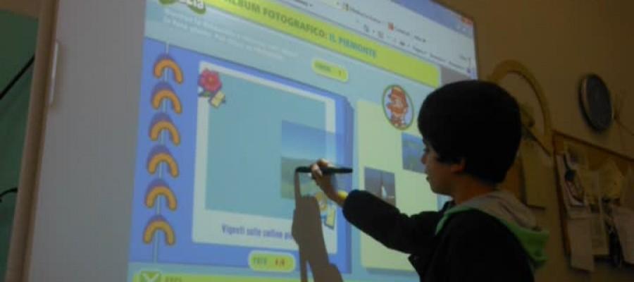 Le lavagne multimediali per le scuole acquistate da Fondazione Livorno: un primo bilancio e un nuovo bando