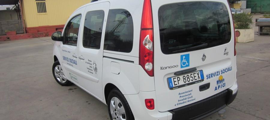 L'Associazioni Provinciali Invalidi Civili e Cittadini Anziani inaugura il nuovo automezzo